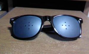 ピンホール眼鏡5穴